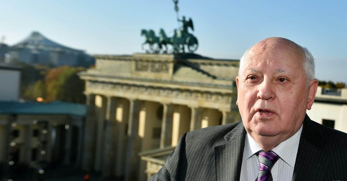Mikhail Gorbachev Worries that the Atmosphere is Wrong
